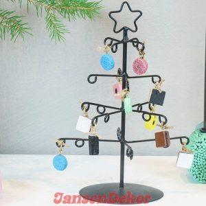 juletræ med lakridskonfekt